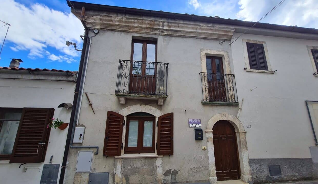 A home in Italy4136_LI