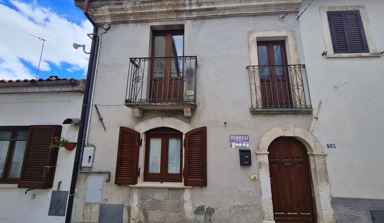 A home in Italy4137_LI