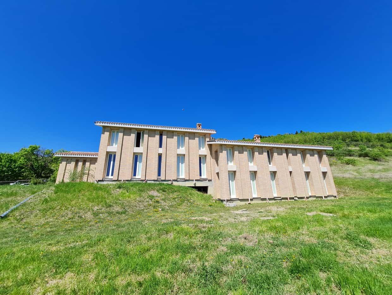 Ref 141 Designer villa in an incredible location
