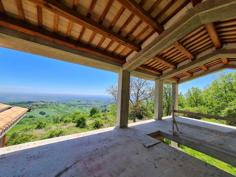 Ref 142 Incredible villa to complete