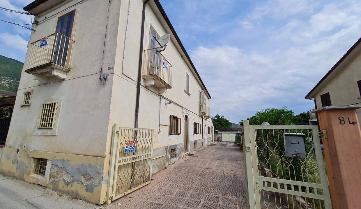 A home in Italy4552