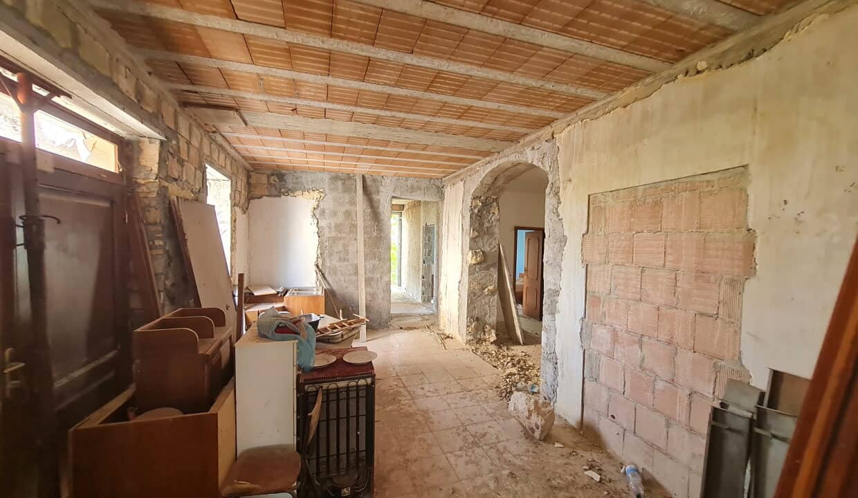 A home in Italy4698