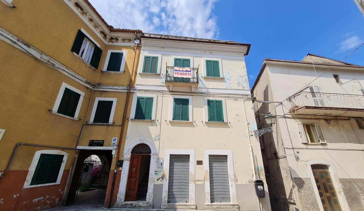 A home in Italy4833