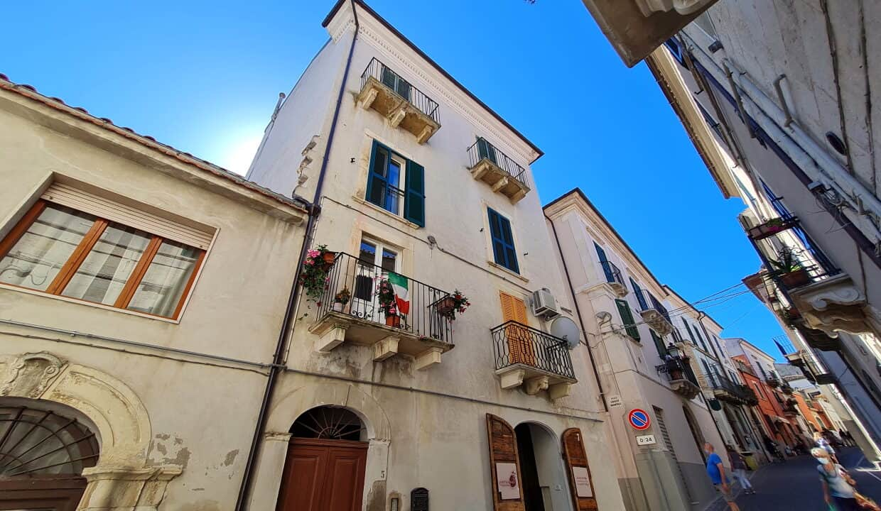 A home in Italy4933