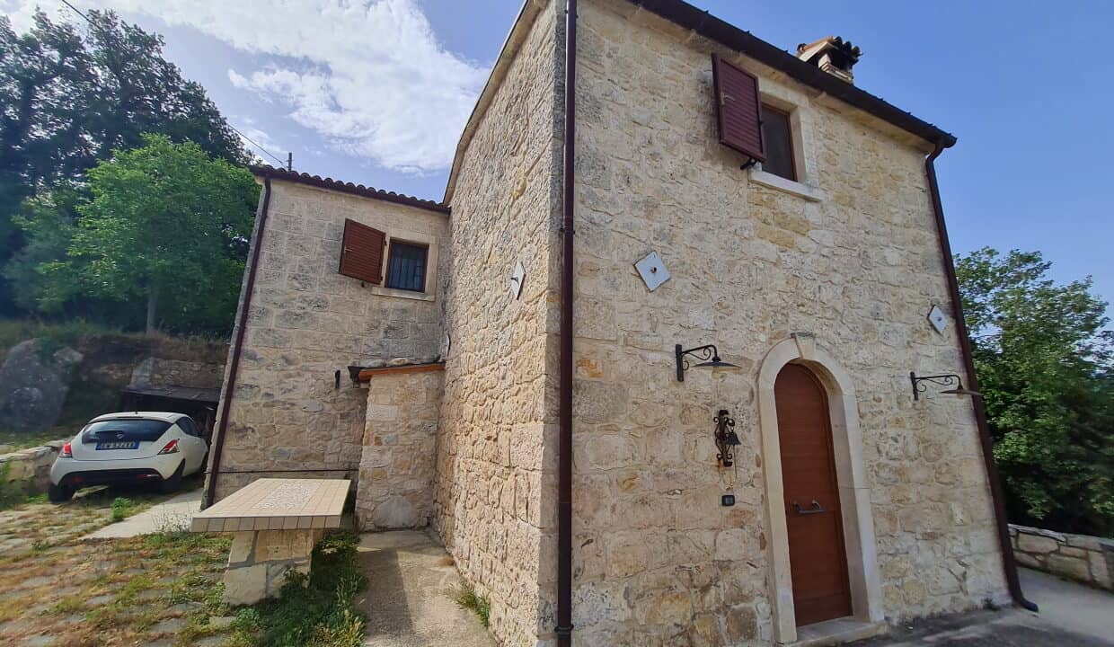 A home in Italy5100
