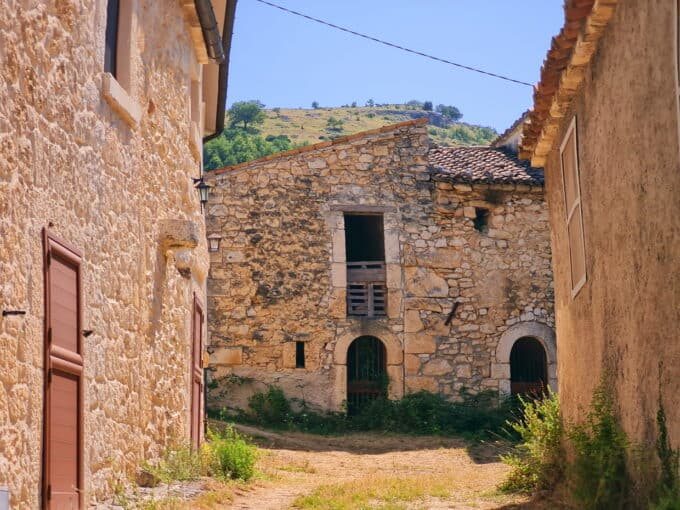Ref 161 Beautiful stone property