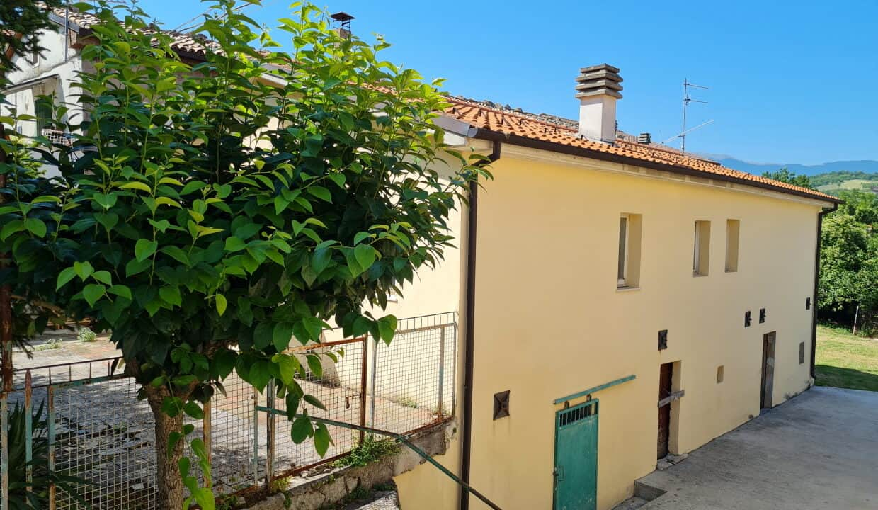 A home in Italy5424